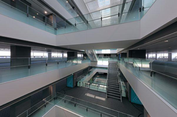 三菱電機株式会社 名古屋製作所 第二FA開発センタの施工事例